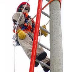 20120720182510-trabajador-en-alturas.jpg